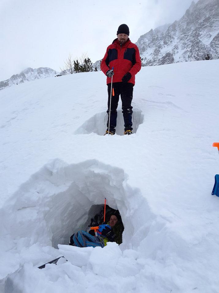 Kurs Turystyki Zimowej - Sonda lawinowa